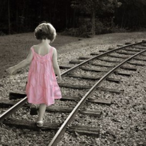 Welovewords La Petite Alice Par Lou