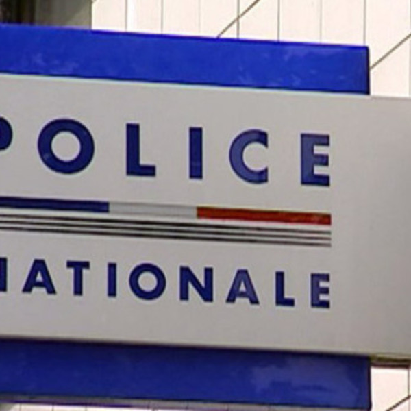 Tf1 lci police nationale commissariat 2187345 1713