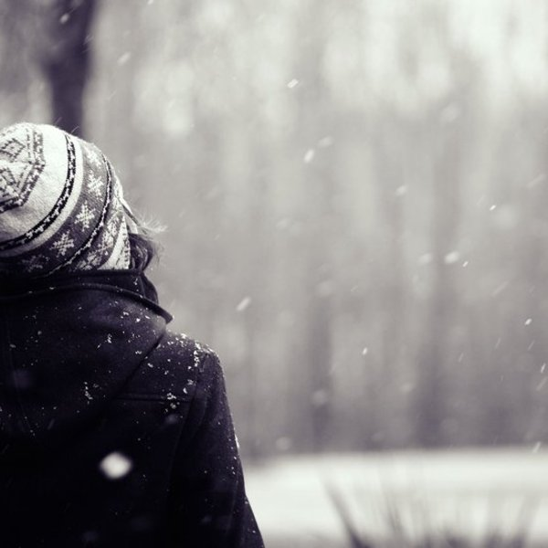 117399  mood girl winter snow hat hair background wallpaper p