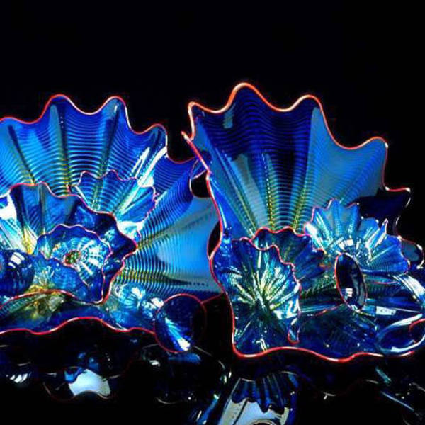 Dale chihuly vienna blue persian set with crimson lip wraps 199 1064 88
