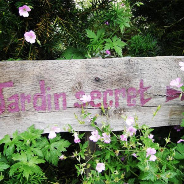Welovewords jardin secret par lou gree for Dans mon jardin secret