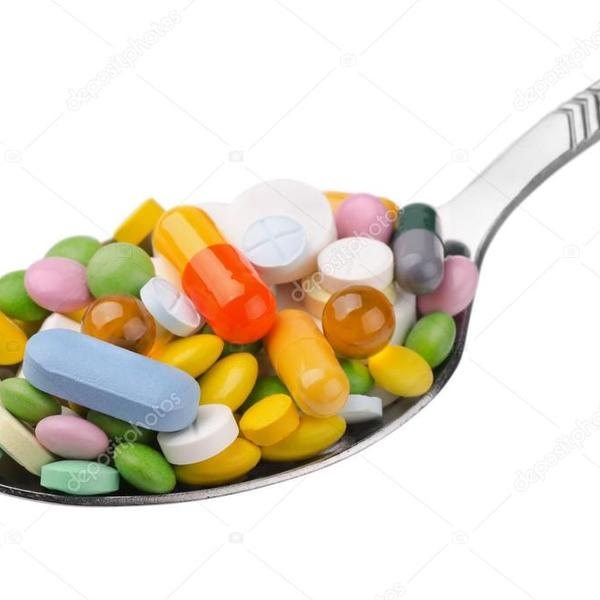 Depositphotos 13777587 stock photo spoon of drugs